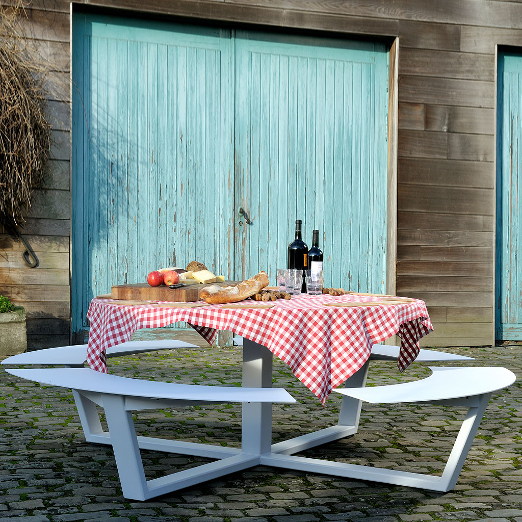 Contemporary Picnic Shelter Google Search: LA GRANDE RONDE Circular Picnic Table Is Designer Picnic