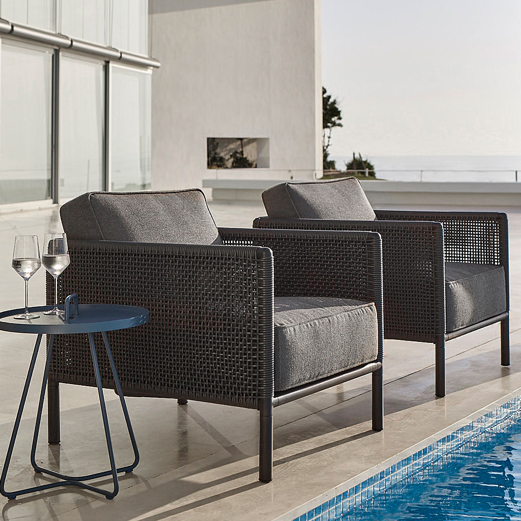 Encore MODERN Garden LOUNGE SET. DESIGNER Garden SOFAS And Lounge Chair, QUALITY Outdoor RATTAN Furniture By CANE-LINE Luxury WOVEN Garden FURNITURE.