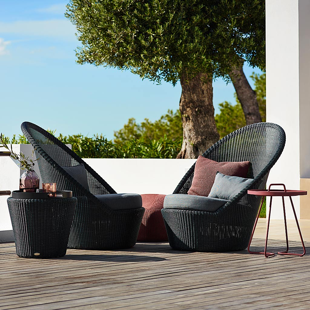 Kingston ALL-WEATHER Wicker Lounge Furniture. MODERN Outdoor RATTAN SOFA And LOUNGE CHAIRS & Footstool By Cane-line Luxury Garden Furniture.