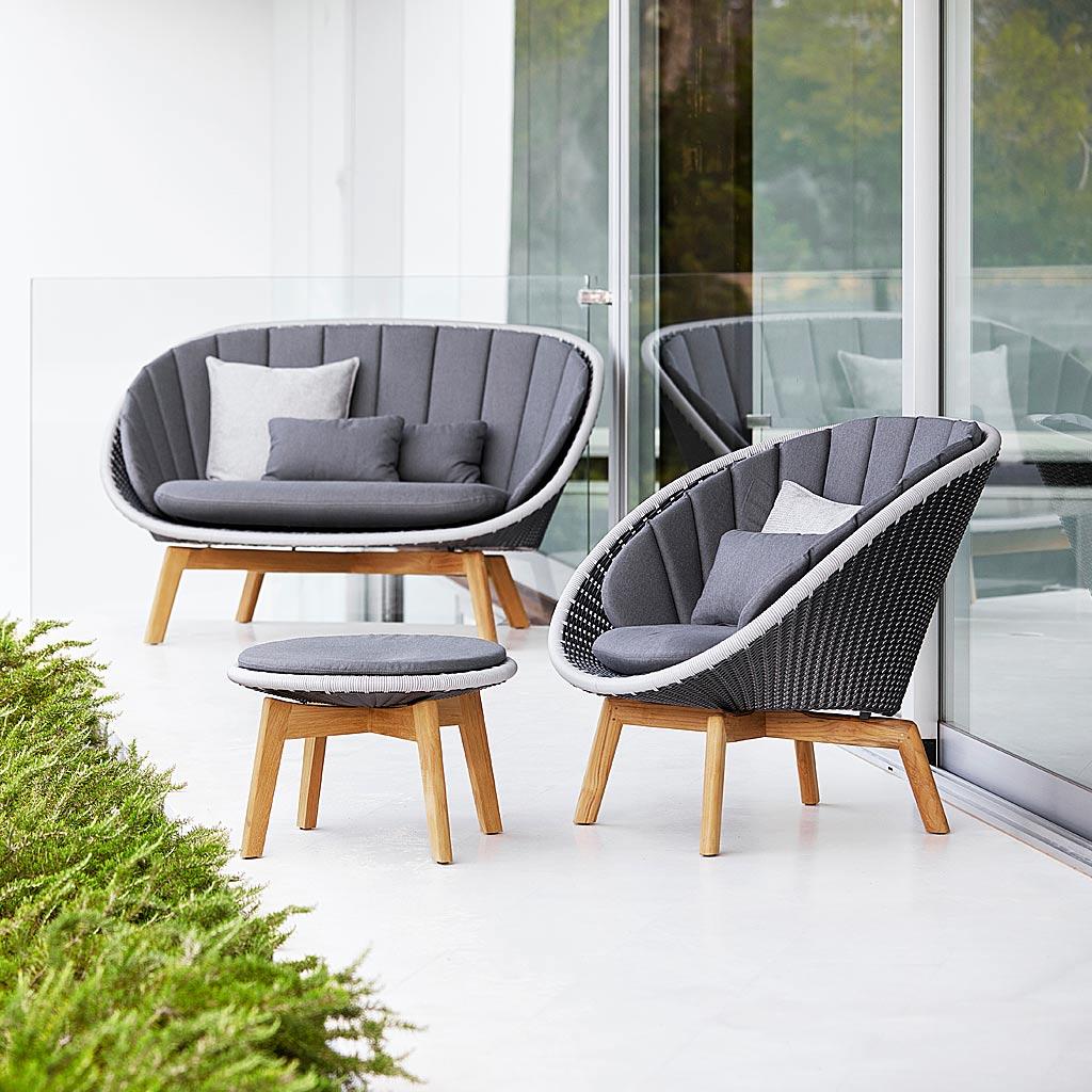 Peacock GARDEN EASY Furniture. Designer 2 SEAT Garden SOFA & MODERN Outdoor LOUNGE CHAIR, ALL-WEATHER Furniture. Cane-line LUXURY Outdoor FURNITURE.
