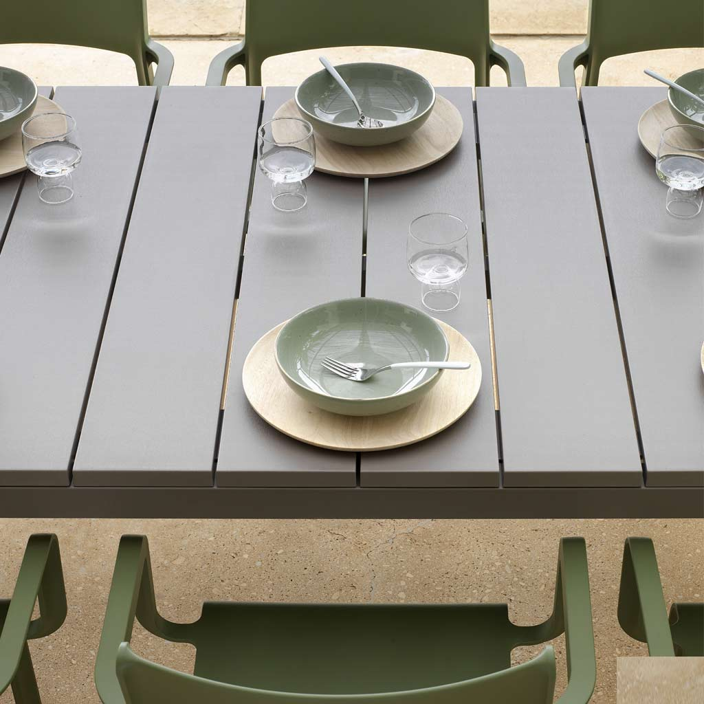 Rio EXTENDING Outdoor TABLE Is A MODERN Garden Dining Table In ALL-WEATHER Hospitality Furniture MATERIALS By Nardi Exterior Contract Furniture