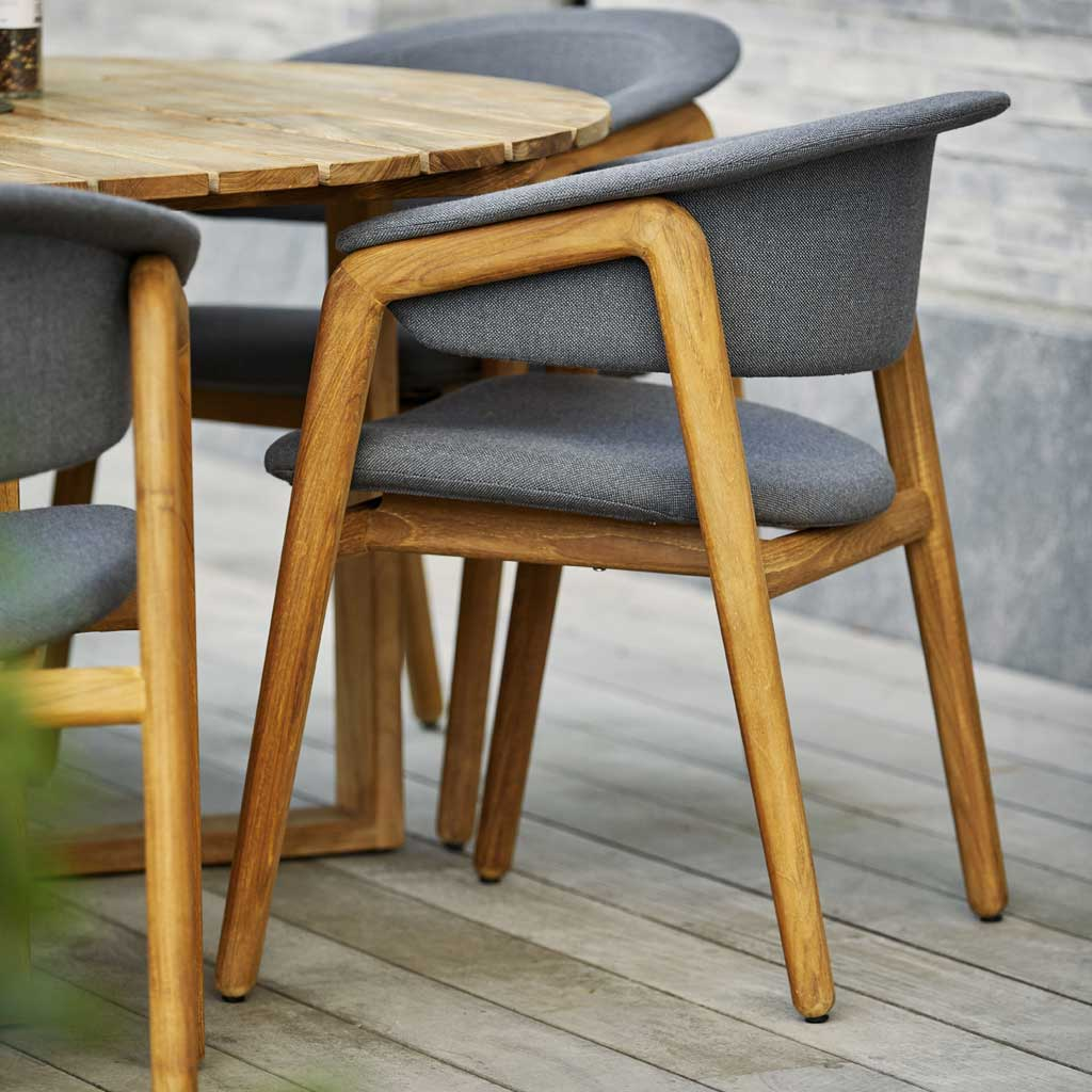 Luna TEAK GARDEN DINING CHAIR Is A MODERN Outdoor Chair In HIGH QUALITY Garden Furniture Materials By Cane-line LUXURY EXTERIOR FURNITURE